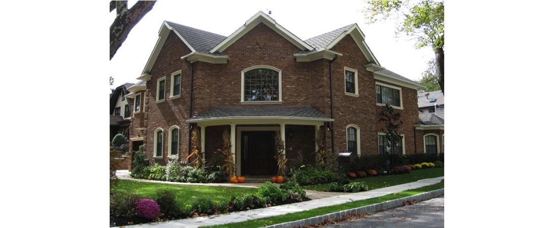 new-york-architect_residential-home_Grace-Residence-Front-1100x450.jpg