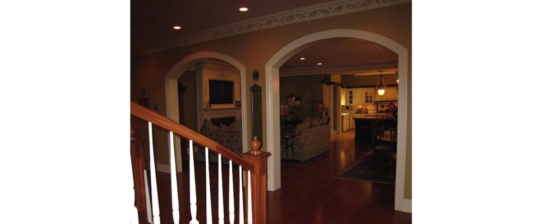 new-york-interior-designer_Contemporary-Living-Room-1100x450.jpg