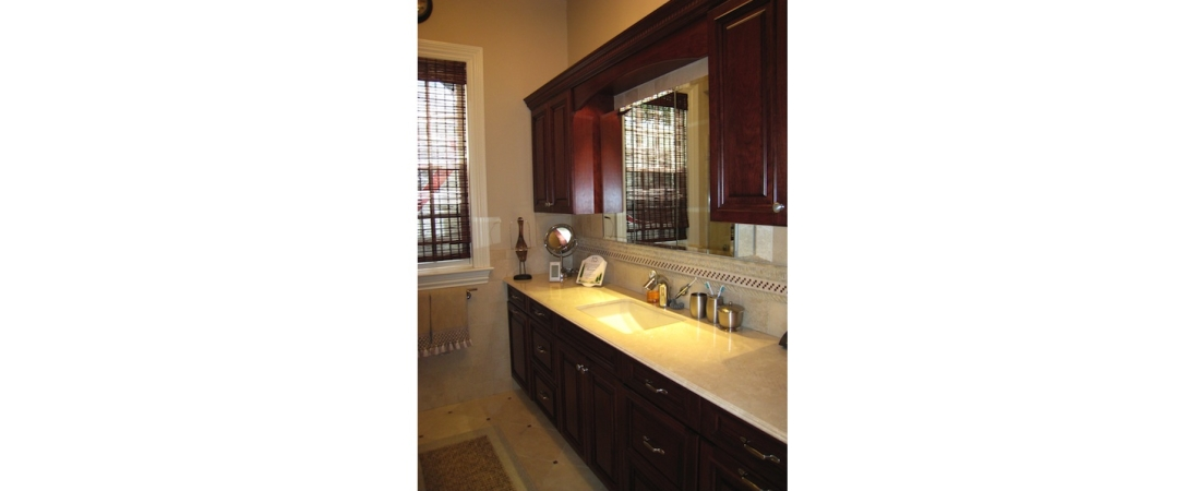 new-york-interior-designer_Traditional-Bath-Room-1100x450.jpg