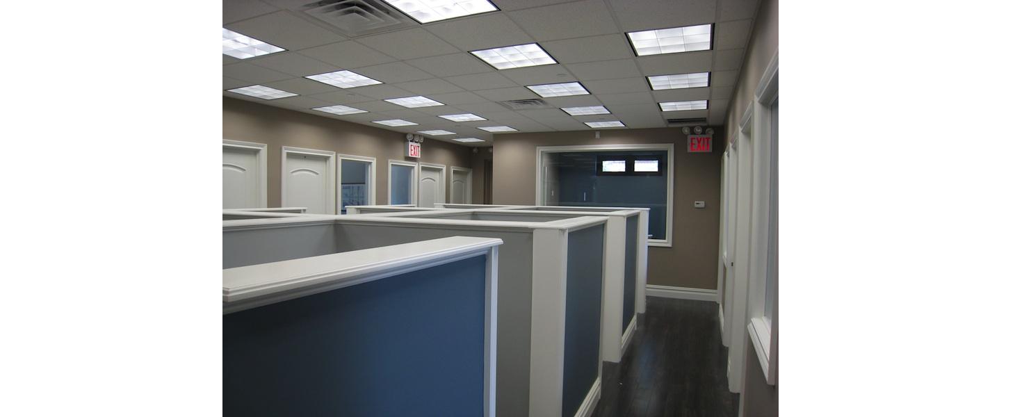 ... new-york-interior-designer_commercial_Built-Workstations-1-1100x450.jpg ...