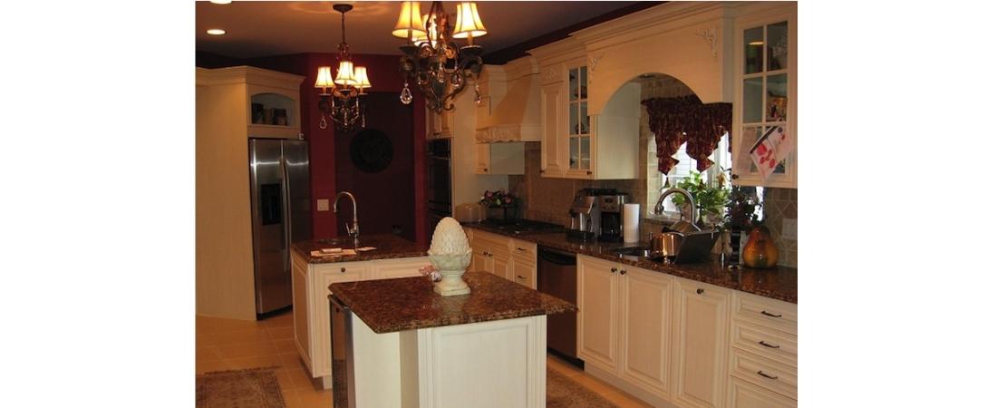 new-york-interior-designer_Contemporary-Kitchen-2-1100x450.jpg
