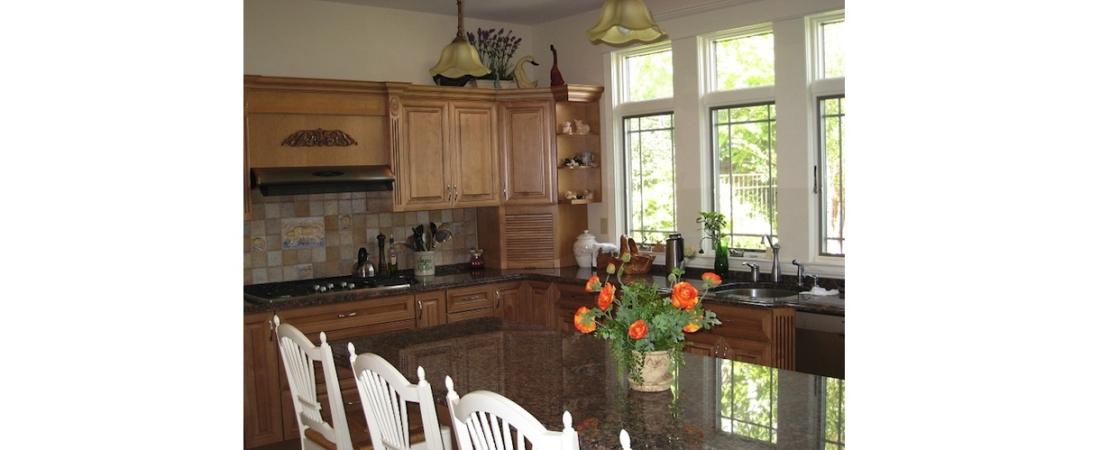 new-york-interior-designer_Traditional-Kitchen-1100x450.jpg