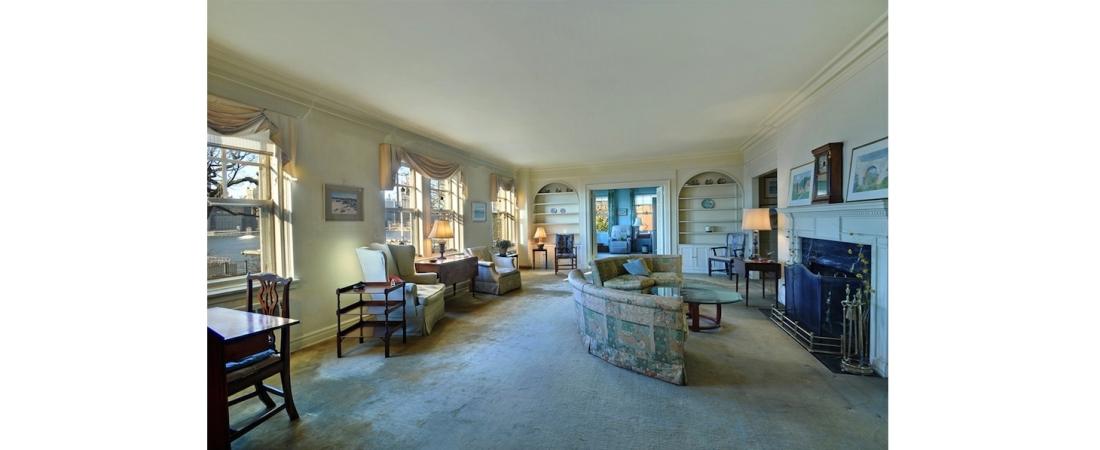 new-york-interior-designer_Traditional-Living-Room-1100x450.jpg