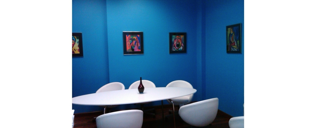 new-york-interior-designer_commercial_Medical-Center-Conference-Room-1100x450.jpg